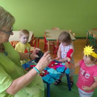 Wizyta w naszym przedszkolu Pani teatrolog Romy Ludwickiej